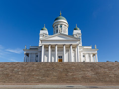Finland. Helsinki Cathedral (v_mats) Tags: 2470 canonef2470mmf28liiusm canoneos5dmarkiii canon helsinkicathedral senatesquare square cathedral helsinki finland building sky architecture