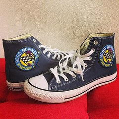 Converse Chuck Taylor® All Star® Navy with Road Runner Embroidered Patches #shoesoftheday #converse #chucktaylor #shoeporn #foreverchuck #roadrunner #loonytunes (YOU_official) Tags: instagram ifttt