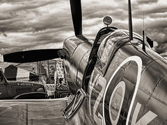 Sptifire in Black and White (silver) (Bely Medved) Tags: osh18 19391945ww2 airplane aviation em1markii eaa eaa2018 event fighter greatbritain militaryaviation olympus oshkosh spitfire supermarine warbirds ©jrj