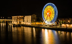Toulouse by night (Fotopat31) Tags: france toulouse roue grande crepuscule long exposure big wheel urbain town