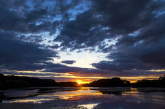 Swithland Reservoir (Alex Hannam) Tags: leicestershire leicester landscape weather sun sunset clouds reflection