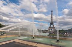Summertime in Paris (andreasmally) Tags: paris eiffeltower eiffelturm wasser himmel france frankreich
