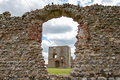 Through The Wall (oandrews) Tags: 30dayswild baconsthorpecastle building canon canon70d canonuk castle englishheritage gatehouse heritage outdoors ruin ruins wall bodham england unitedkingdom gb