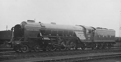syks - lner 521 watling street at doncaster shed yard (johnmightycat1) Tags: railway yorkshire ecml doncaster lner