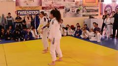 Winner! (BLLLCCC) Tags: sports bjj jiujitsu girls kids teens mat tatame barefoot descalça foot winner victory vitória martialarts gym academia fight lutas female feminino referee arbitro