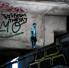 HH-Stencil 1088 (cmdpirx) Tags: hamburg germany reclaim your city urban street art streetart artist kuenstler graffiti aerosol spray can paint piece painting drawing colour color farbe spraydose dose marker stift kreide chalk stencil schablone cutout blade knife klinge messer multi one 1 layer multilayer wall wand nikon d7100