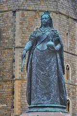 Queen Victoria (gary8345) Tags: statue 2018 uk unitedkingdom greatbritain britain england windsor windsorcastle castle royal royalpalace snapseed