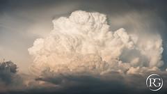 """""""Explosion convective"""" - Juillet 2018 - Provence, France. (Raphaël Grinevald • Photographe) Tags: raphaelgrinevald reflex d800 nikon nikkor 70200 28 vr orage cumulus cumulonimbus enclume weather meteo meteorologie extreme storm thunderstorm courant ascendant convection convectif cellule orageuse provence provençal france var bouches du rhône nuage cloud vent"""