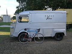 bleu blanc rouge (Johannes Pe) Tags: eddy merckx mx leader team motorola dura ace 7800 citroen typ h koblenz steel bike huawei p10