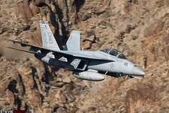 Black Aces (steviebeats.co.uk) Tags: fa18f f18 fa18 super hornet black aces vfa41 usn us navy fighter jet ng105