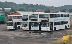 J200 SBB, LHZ 6354, SN53 KJE & LG02 FEV, Shoreline Suncruiser Dennis Tridents, Scarborough, 27th. July 2018. (Crewcastrian) Tags: scarborough buses transport shorelinesuncruiser dennistrident alexander eastlancs j200sbb 27 lv52hhn lhz6354 31 sn53kje 26 v431dra lg02fev 29