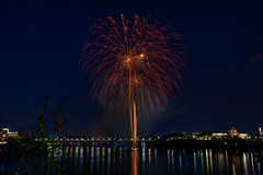 100A1034 (CdnAvSpotter) Tags: 2018 aug 4 casino lacleamy sound light fireworks les grand feux ottawa river nightphotography long exposure spain