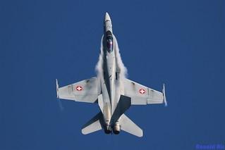 Swiss Air Force J-5012 - McDonnell Douglas FA-18A Hornet 'top'
