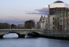 Dublin November 2017 (scatman otis) Tags: dublin ireland cities sunrise lovelycity