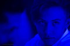 Fiesta Azul (guspaulino1) Tags: gente jovenes joven retrato fiesta noche nikond7000 nikon8020028 buenosaires