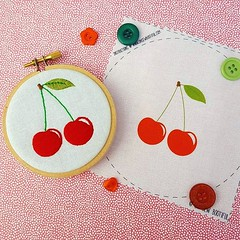 🍒 There are lots of the Free little cherry fabric pattern being packed up to be included in this weekend's orders 🍒 🍒 You can also download the pattern for free over on the website (link in bio) 🍒 (ohsewbootiful) Tags: ifttt instagram embroidery etsy etsyuk gifts giftsforher homedecor hoopart fiberart handembroidery handmade etsyseller embroideryhoop shophandmade handmadegifts decor wallhanging bestofetsy instaart hoopsofinstagram madebyme stitchersofinstagram