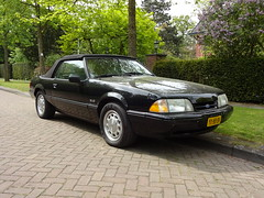 1988 Ford Mustang LX Convertible (Skitmeister) Tags: carspot auto pkw voiture car skitmeister yx89sv