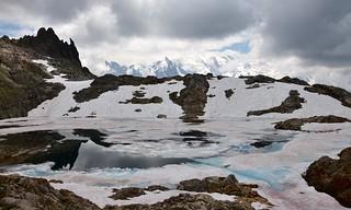 Mont Blanc, lac et iceberg.. 1