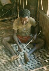 Muyu-Mandobo-006d (Stichting Papua Erfgoed) Tags: stichtingpapuaerfgoed pace pietvanmensvoort msc papua nieuwguinea nederlandsnieuwguinea irianjaya papuaheritagefoundation voormalignederlandsnieuwguinea irianbarat anthonyvankampen