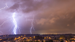 Ramifié sur Marignagne (Janis-Br) Tags: lightning thunderstorm orage night longexposure landscape weather meteo eclairs sky clouds city marignane france sonya77