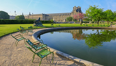 Paris (FRANCOIS VEQUAUD) Tags: paris jardindestuileries louvre parc capitale printemps jardin monuments ruederivoli 1erarrondissement andrélenôtre reflection