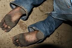 dirty city feet 606 (dirtyfeet6811) Tags: feet soles barefoot dirtyfeet dirtysoles blacksoles cityfeet