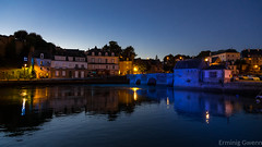 Crépuscule sur le port de Saint Goustan (1) - EXPLORE (Erminig Gwenn) Tags: auray bretagne france fr 8380 night nuit bzh canon port golfe morbihan 56 brittany bretaña breizh saintgoustan goustan alre harbour médiéval ancient old vieux médiééval ancien reflects reflections reflets eau water nocturne bynight nighty crépuscule sunset coucherdesoleil adobelightroom lightroomclassiccc canond6d fullframe bateau ship boat navires gréements bois wood light éclairage
