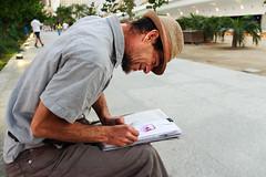 Street Artist Painting (mlvitorino) Tags: green street photograpy drawing art painter