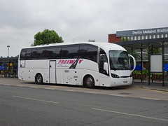 Freeway YIL8280 Derby (Guy Arab UF) Tags: freeway coaches yil8280 volvo b12b sunsundegui sideral coach derby railway station rail replacement derbyshire buses