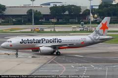 VN-A555   Airbus A320-232   Jetstar Pacific Airlines (james.ronayne) Tags: vna555 airbus a320232 jetstar pacific airlines aeroplane airplane plane aircraft jet jetliner airliner aviation flight flying singapore changi sin wsss canon 80d 100400mm raw