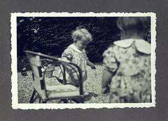 i gemelli a Vicenza - giugno 1936 (dindolina) Tags: italy italia veneto vicenza garden giardino family famiglia vignato gemelli twins history storia 1936 1930s annitrenta thirties vintage