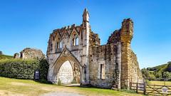 Kirkham Priory - Gatehouse (Paul Thackray) Tags: yorkshire northyorkshire derwentvalley kirkham kirkhampriory 2018