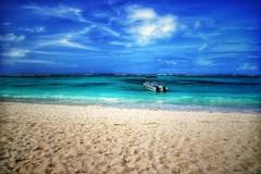 Paradies (D.Purkhart) Tags: maurices mauritius bellemare indischerozean ocean islemaurice bluesea mare landscapephotography landscape