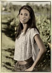 Courtney Johnson (02_244A) (ronnie.savoie) Tags: africanamerican black noir negra woman mujer chica muchacha girl pretty guapa lovely hermosa browneyes ojosnegros brownskin pielcanela portrait retrato model modelo modèle smile sonrisa wampoldpark batonrouge louisiana diaspora africandiaspora