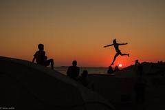 sunset... (hobbit68) Tags: jumping sonne sonnenschein sommer sunset jump holiday urlaub spain espana espanol espagne sun sol people menschen sky himmel fujifilm xt2