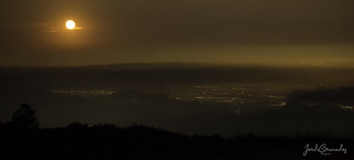 Lluna plena sobre el camp de Tarragona