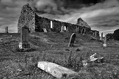 Derelict (images@twiston) Tags: cillchriosd christschurch kilchristchurch derelict skye isleofskye innerhebrides scotland highlands scottishhighlands highlandsofscotland landscape imagestwiston alba mono monochrome bw blackandwhite noirblanc