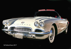 Corvette (Edward Saksenhaus RPh.) Tags: white car auto vehicle gasoline racer fast speed transportation classicvintage old