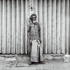 People of Sri Lanka 3 (Didier ANDRAU) Tags: argentique analog yashica medium format portrait people photography personnes black white noir blanc monk hindou religion film kodak 400tx moyen bw box voyage travel street collier colombo temple 635 hindouisme sri lanka noiretblanc blackandwhite kodaktrix kodak400tx streetportrait