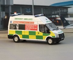 1/76th Scale Oxford Diecast Code3 Transit Ambulance (Graham The Modeller) Tags: model scalemodel 999 ambulance emergency ford