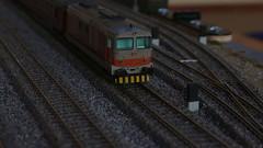 D445 riposa (Nicolò Gelain) Tags: modellismo modelbahn modelrailway model merci plastico h0 ferroviario d443 d343 dcc fondazione fs ferrovie ferroviaria ferrovia dello stato oskar vossloh