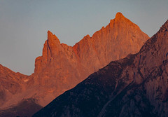 France, Pyrénées-Atlantiques (64),  Lescun, aiguilles d'Ansabère 2362 m,  vallée d'Aspe (jpazam) Tags: anie pyrénées aspe lescun jour france aiguille leverdesoleil matin sanspersonne pic montagne cirque nouvelleaquitaine pyrénéesatlantiques extérieur