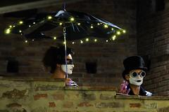 Steampunkers (max832) Tags: micro43 mft em10mark3 em10 olympus wall coppia trucco makeup black led lights ombrello umbrella steampunk trampoli gradaramagiccastle2018