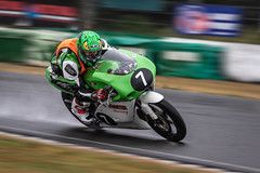 Aprilia RS125 (MX Man) Tags: arrilia r s 125 cc two stroke panning corner wet mallory park leicestershire england bike racer leather