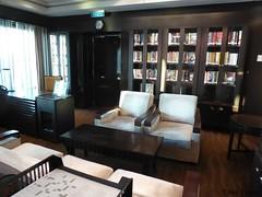 Deck 6 Library P1160411 (Tinavonhier) Tags: norwegian breakaway