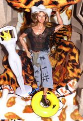 🐯💎Ele tem o poder💎🐯 (FranBoy Monteiro) Tags: doll dolls toy toys boneco bonecos boneca bonecas cute pretty beauty love amor fashion fashionista fashionistas moda outfit clothes look model models gay gayguy guy boy fun diversão cool handsome awesome barbie ken integritytoys integrity cruz prince tigre tiger