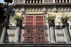 El balconcito (Ce Rey) Tags: 15challengeswinner balcony balcon house reja
