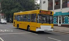 The Big Lemon KN52 NFV Brighton 13/8/18 (jmupton2000) Tags: kn52nfv transbus plaxton pointer dennis dart slf big lemon bus brighton