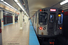 CHICAGO--5698 at Clark/Chicago OB (milantram) Tags: electricrailtransport railsystemschicagoland chicago cta rapidtransit redline subways