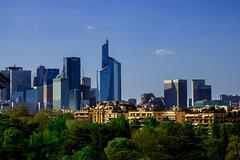Paris Skyline (WezMount) Tags: skyline paris la defense tours ville city cityscape france architecture ciel horizon parc gratteciel paysage arbre bâtiment